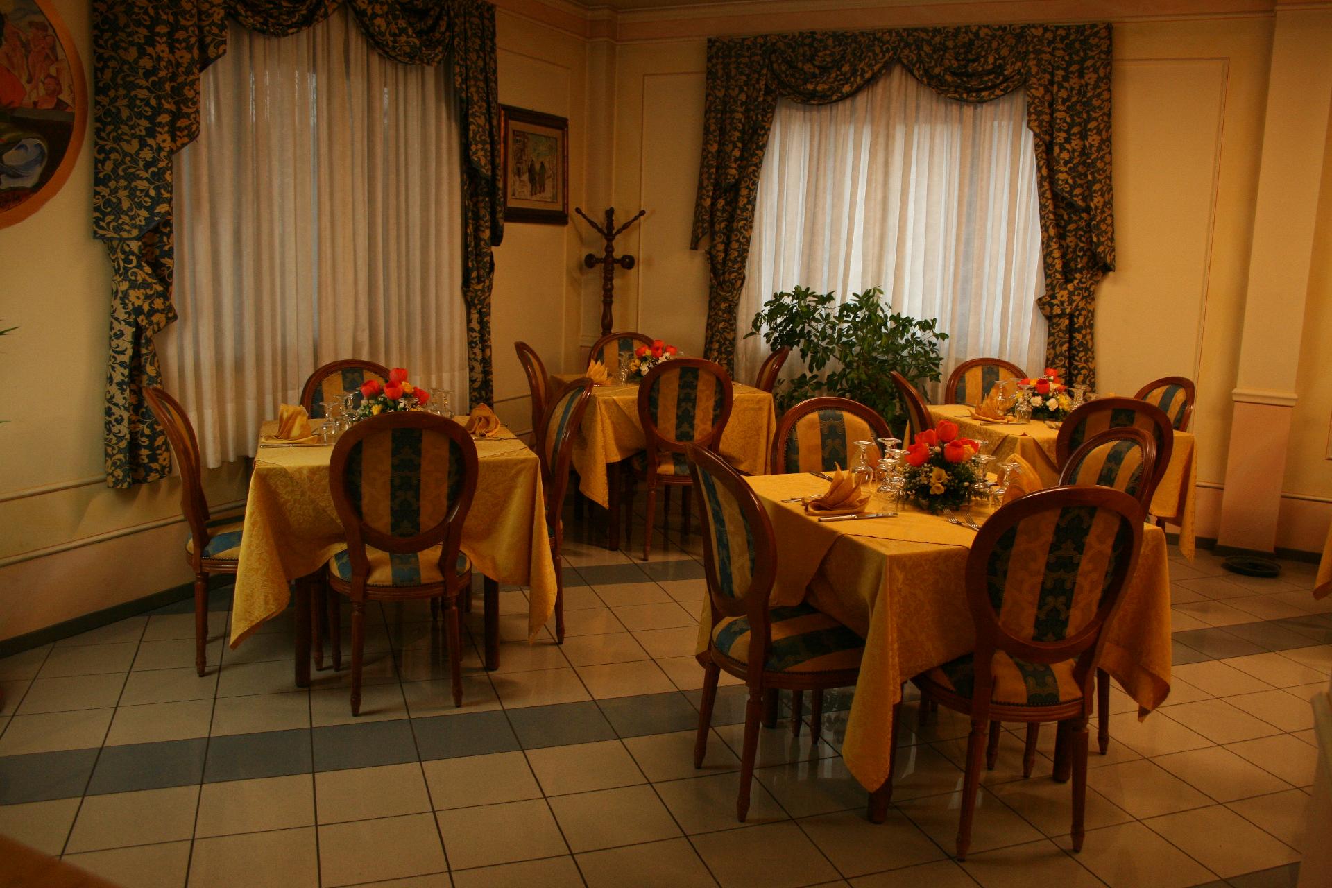 ristorante-hotel-michelangelo-083